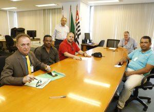 Condutores apresentam plano de proteção contra o COVID 19 ao Poder Público