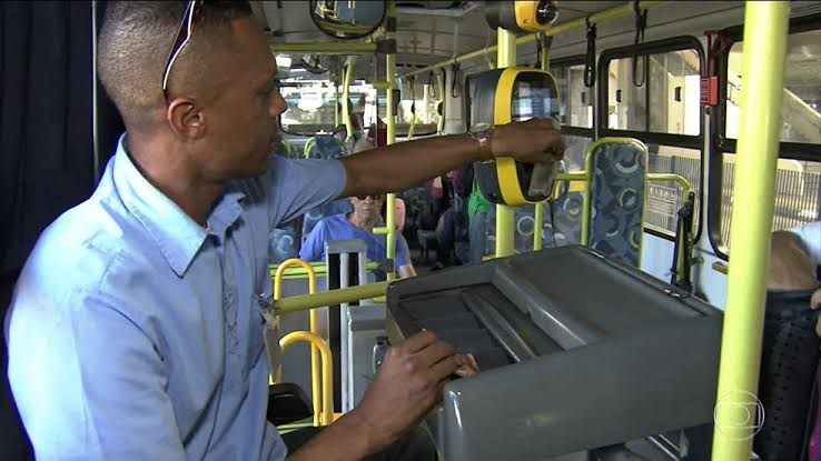 Condutores na luta: sem cobrador nenhum ônibus vai sair da garagem