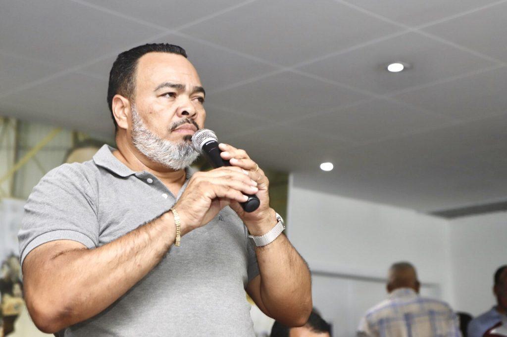 """""""Após 36 dias de greve, trabalhadores dos Correios têm reajuste insatisfatório"""", comenta Valdevan Noventa"""