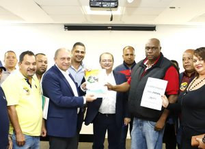 Campanha Salarial: Poder Público recebe pauta de reivindicações da categoria