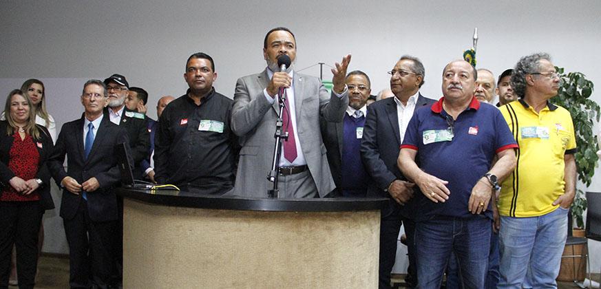 Trabalhadores em transportes mostram sua força e representatividade  no lançamento da Frente Parlamentar Mista do segmento