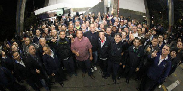 Presidente Sorriso segue firme com sua agenda de visitas às garagens de ônibus