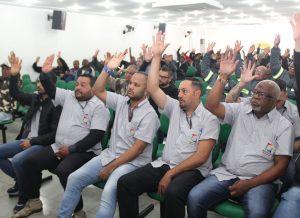 Trabalhadores das ex-cooperativas aprovam acordo coletivo