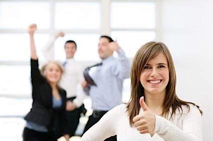 Colaboradores felizes são mais produtivos e vendem mais, diz estudo