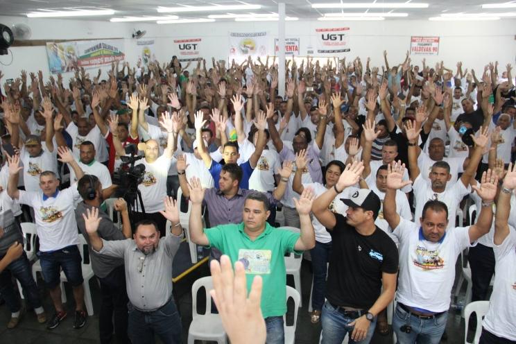 Seminário aprova plano de lutas da Campanha Salarial 2016