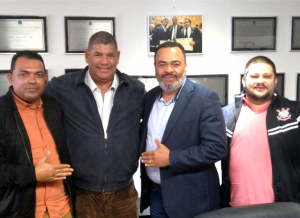 Prefeito de São Paulo incumbe vereador Milton Leite a  resolver impasse entre condutores e empresários de ônibus