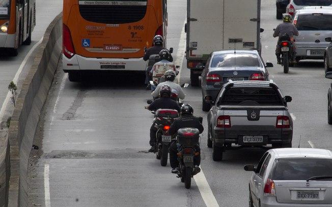 Mortes de motociclistas superam as de pedestres em SP pela 1ª vez