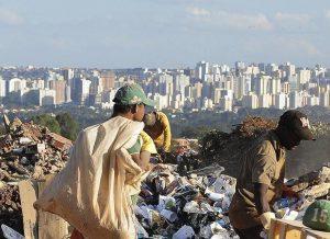 Pobreza volta a crescer e já atinge 23,3 milhões no Brasil