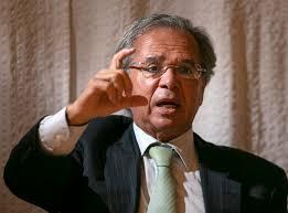 Previdência incluirá regime trabalhista opcional para jovens, diz Guedes