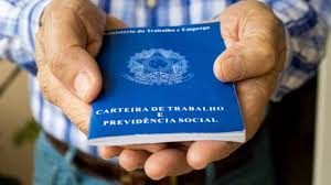 Governo tenta piorar lei trabalhista. Advogados e juízes cobram proteção social